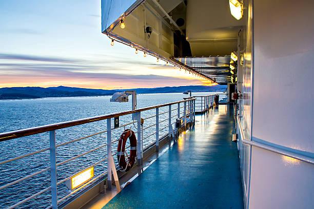scenic view of cruise liner deck and ocean - veerboot stockfoto's en -beelden