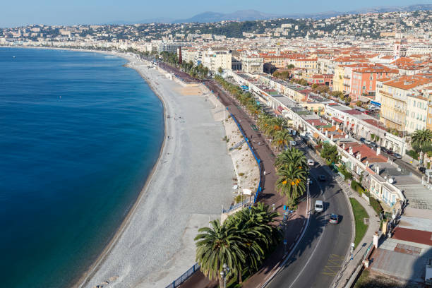 Scenic view of Nice waterfront and city in Mediterranean France – Foto