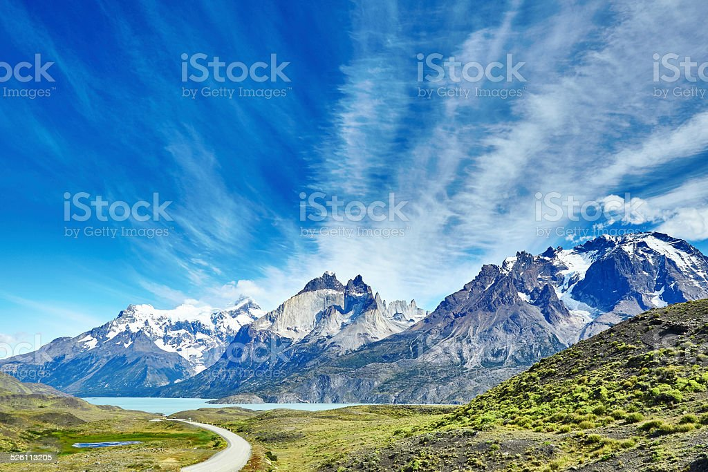 Scenic view of Pehoe lake and mountains stock photo