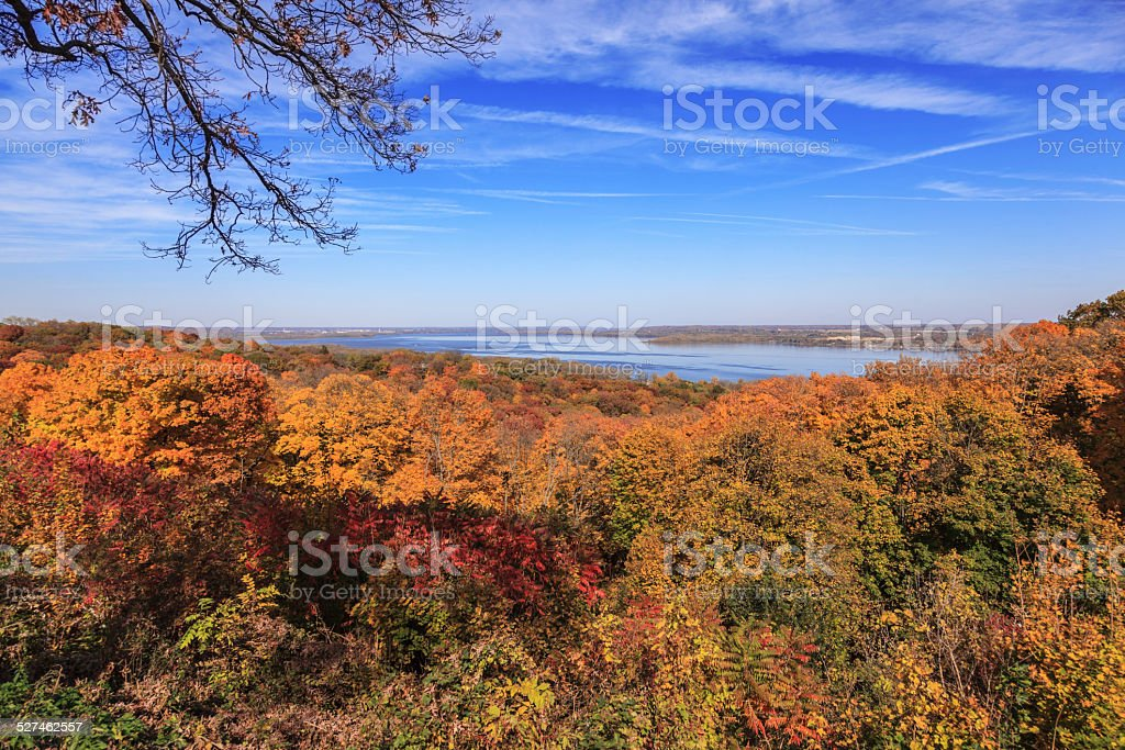 Scenic view of the Illinois River in autumn stock photo