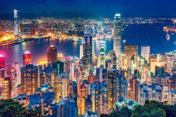 vacker utsikt på hong kong island, kina, nattetid. - hongkong bildbanksfoton och bilder