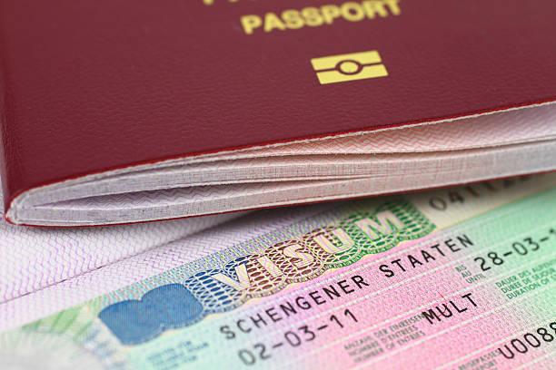 Schengen-Visum und Reisepass – Foto