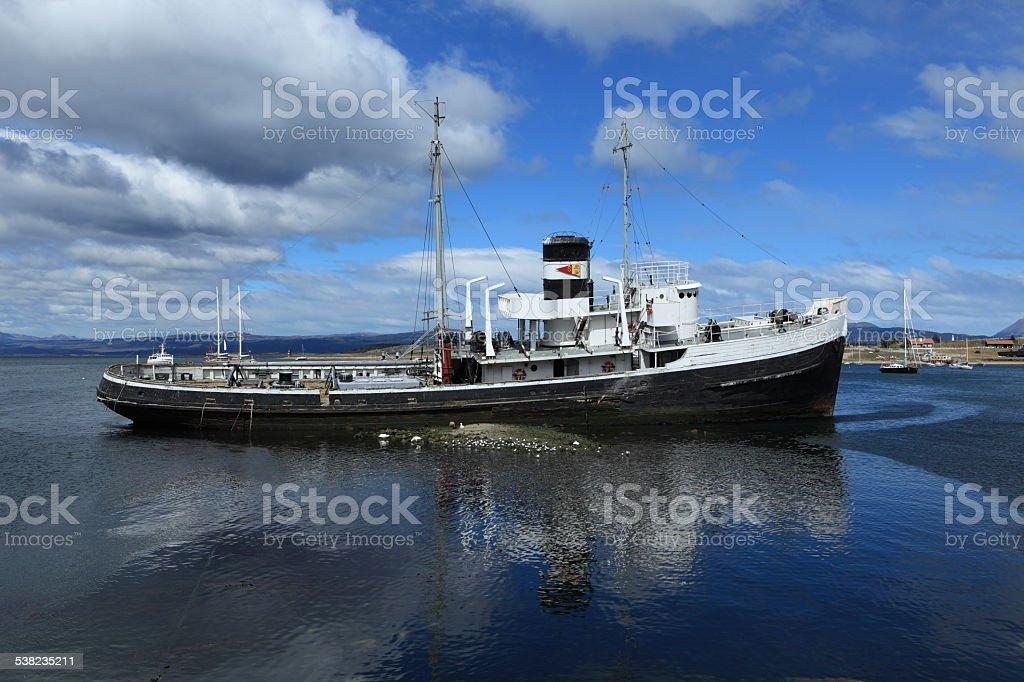 Schiffswrack Fischkutter in Ushuaia Argentinien stock photo