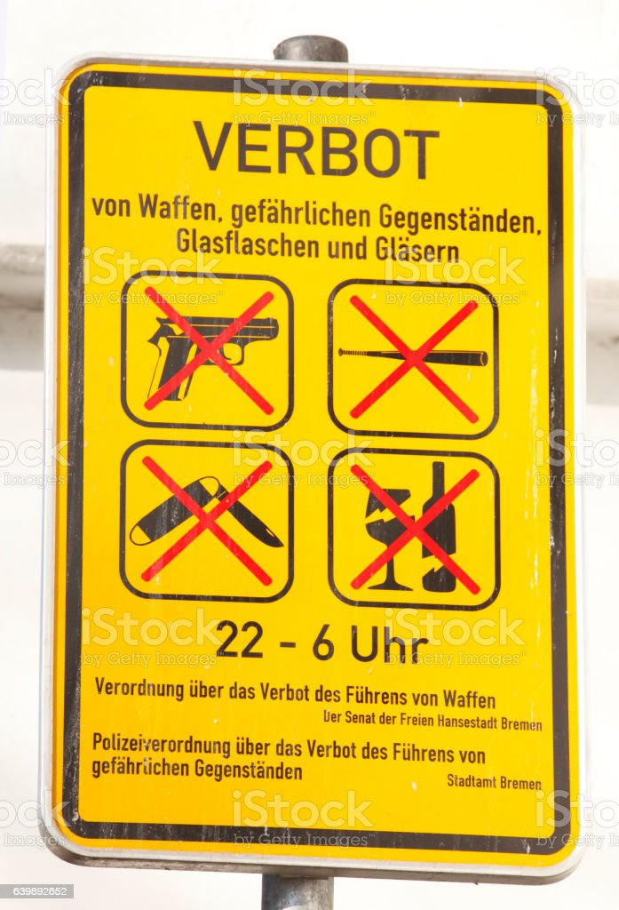 Schild Waffenverbotsschild stock photo