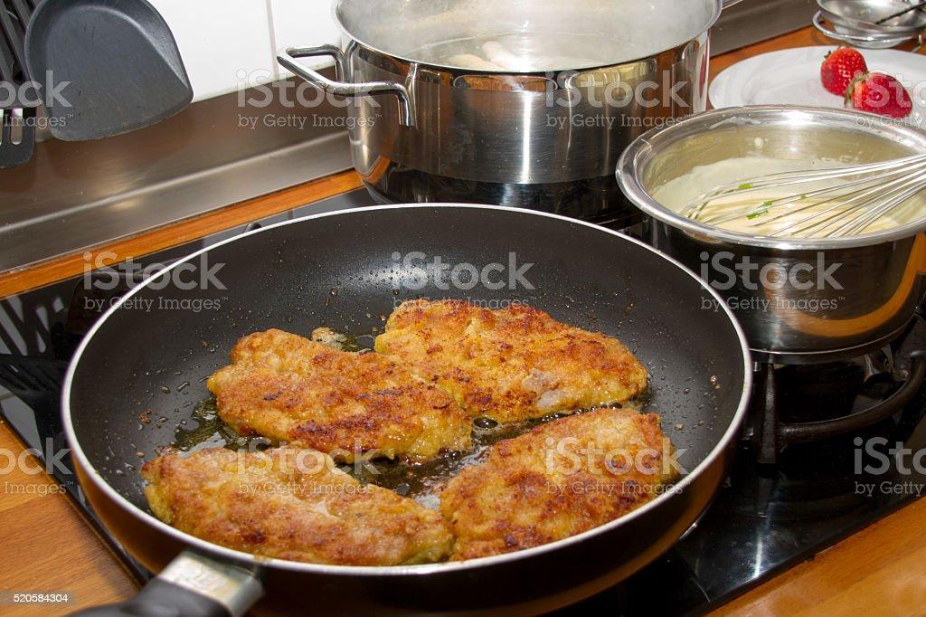 Schnitzel in der Pfanne stock photo