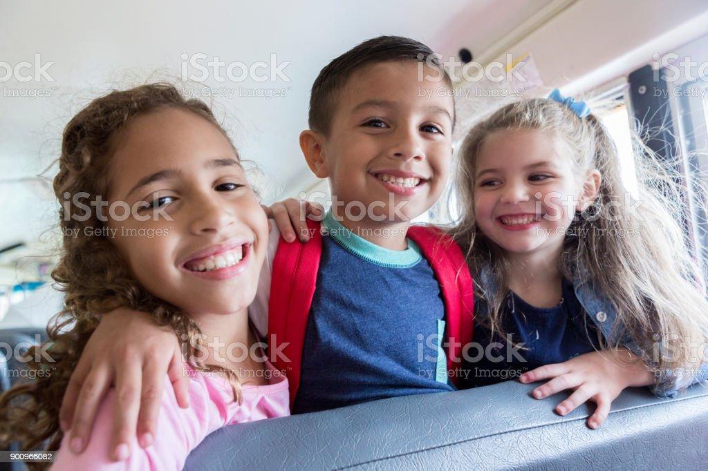 La escuela amigos - foto de stock