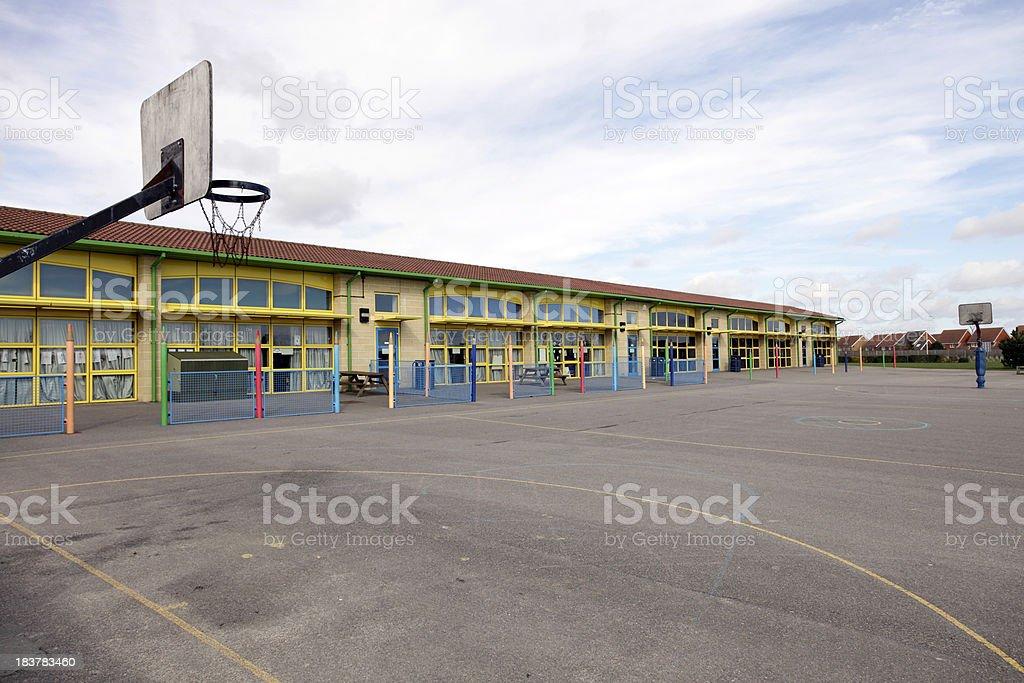 Escola e playground - foto de acervo