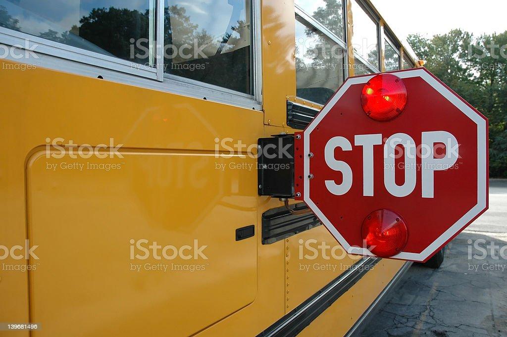 Placa de parada de ônibus escolar - foto de acervo