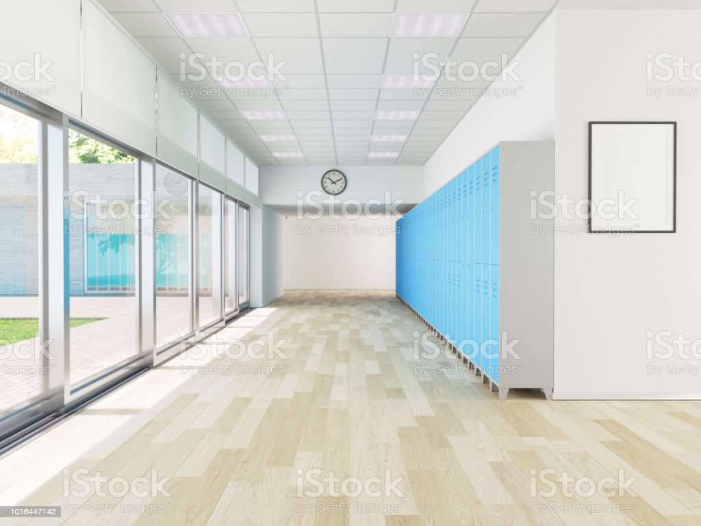 Schule Flur mit Reihe von Schließfächern, Poster an Wand – Foto