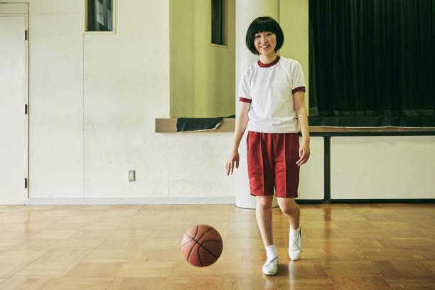 日本での学校生活 - 部活 高校生 日本人 ストックフォトと画像