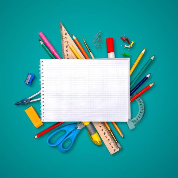 学校ます。 - 学校の文房具 ストックフォトと画像
