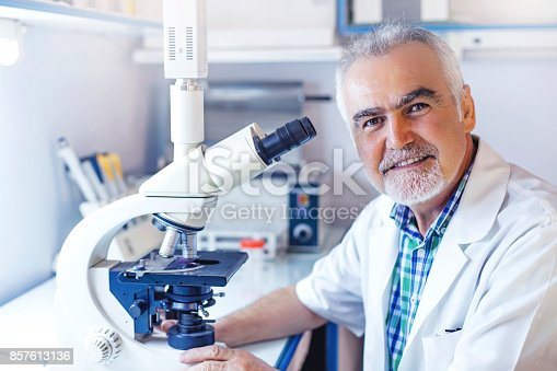 istock Science lab 857613136