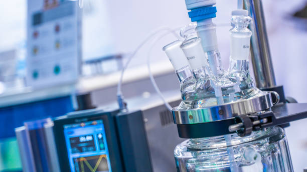 Science Photo Chemical Glass Reactor For A Chemical Reaction In Science Laboratory biochemistry stock pictures, royalty-free photos & images