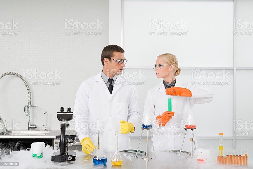 科学者が、実施、実験 ロイヤリティフリーストックフォト