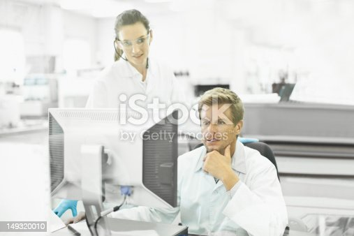 istock Scientists working together in lab 149320010