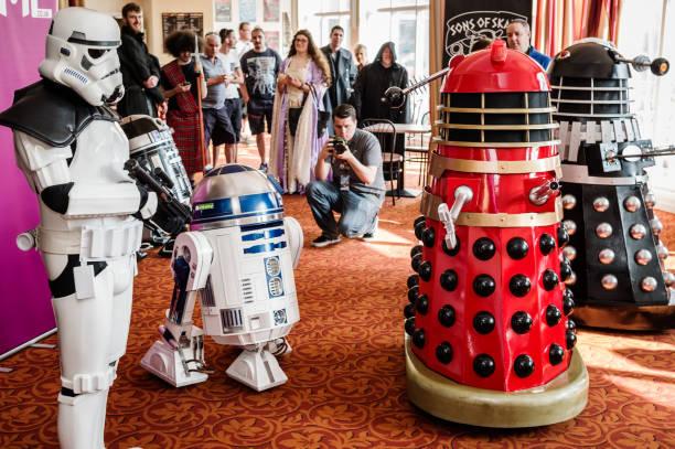 sci-fi-scarborough-teilnehmer - faschingskostüme star wars stock-fotos und bilder