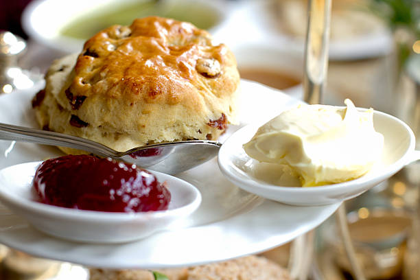 scone, clotted cream and jam for high tea - scone bildbanksfoton och bilder