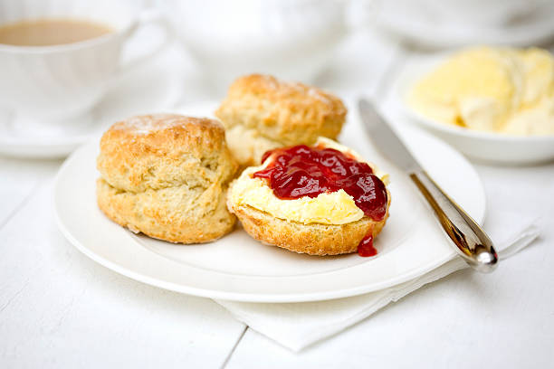 scones, jam and cream at an english restaurant - scone bildbanksfoton och bilder