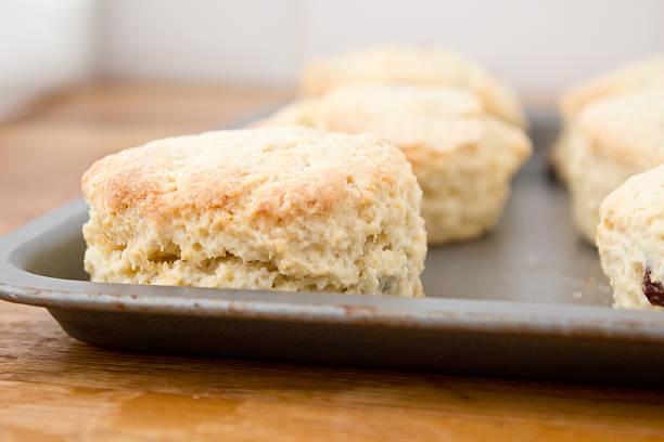 scones - scones backen stock-fotos und bilder