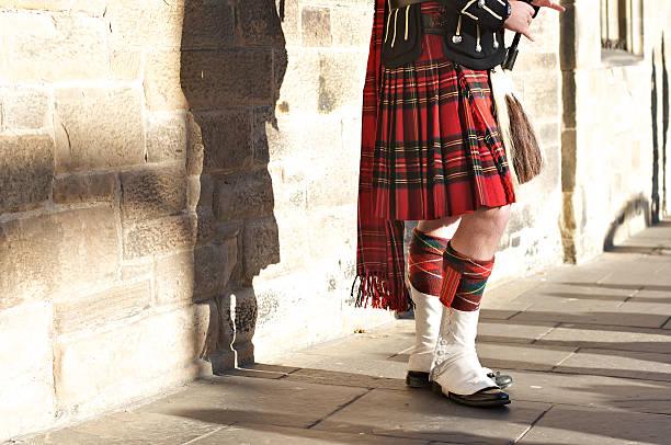 Scottish Traditional Scottish dress edinburgh scotland stock pictures, royalty-free photos & images