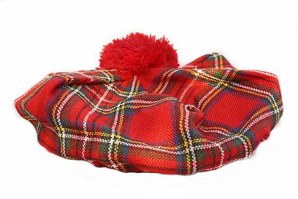 schottischer tartan-hut.  bonnet - schottische kultur stock-fotos und bilder