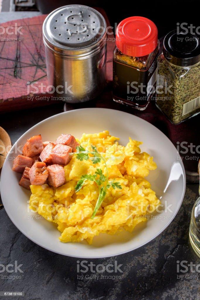 Des œufs brouillés photo libre de droits