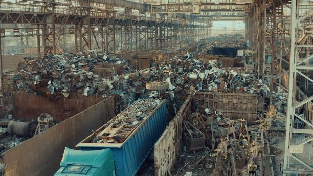 Altmetall für das Recycling in einem Stahlwerk - Magnetkran – Foto