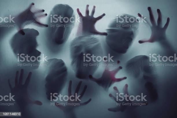 Screaming ghost faces picture id1051146310?b=1&k=6&m=1051146310&s=612x612&h=cjlyhzkadffa0u 97qek plox9ca oy6afdpimovyek=