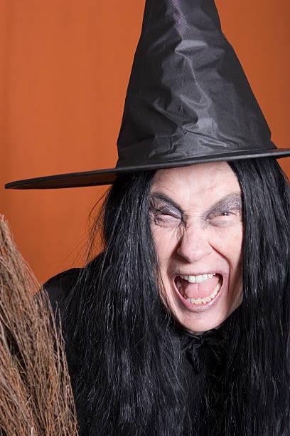 Chillar de brujas - foto de stock