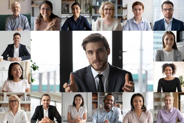 Bildschirmansicht von lächelnden Mitarbeitern haben Online-Webcam-Konferenz – Foto