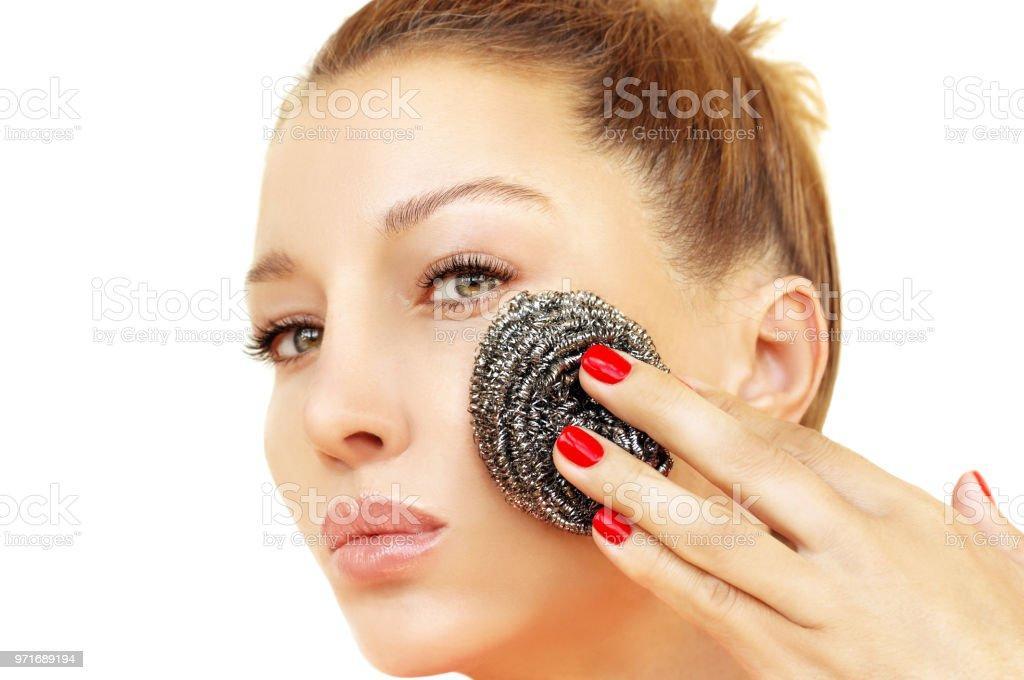 Limpieza, exfoliación. Concepto de cuidado y belleza de la piel. - foto de stock