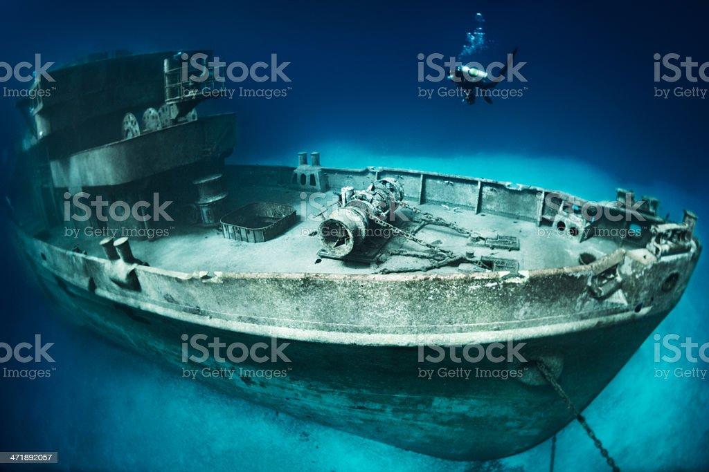 Mergulhador no local - foto de acervo