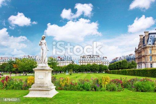 istock Sculpture and statues in Garden of Tuileries. (Jardin des Tuileries) 187940011