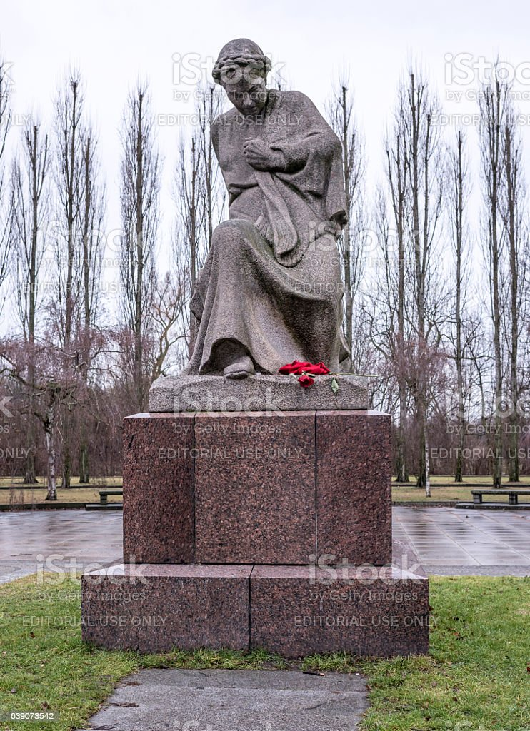 Sculpture of the Mother - Homeland in Treptow Park stock photo