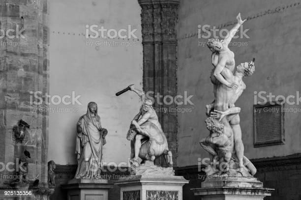 Sculpture the rape of the sabine women hercules and the centaur picture id925135356?b=1&k=6&m=925135356&s=612x612&h=awp fshfmcqxbq8pjoj0huxmpeedxo6jpxxzbte200e=