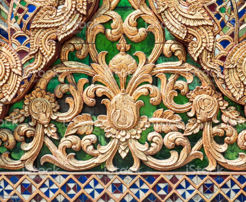 Sculptured wood with the golden paint. royalty-free 스톡 사진