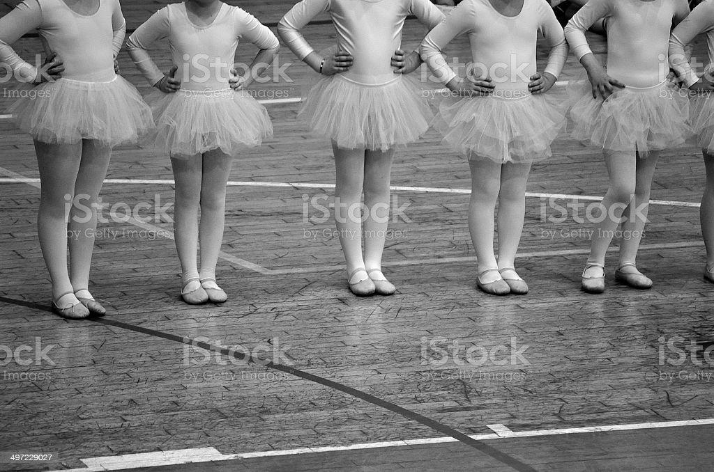 Scuola di danza stock photo more pictures of adult istock for Arredamento scuola di danza
