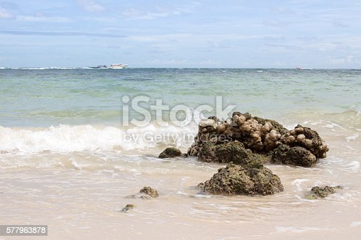 istock sea and wave 577963878