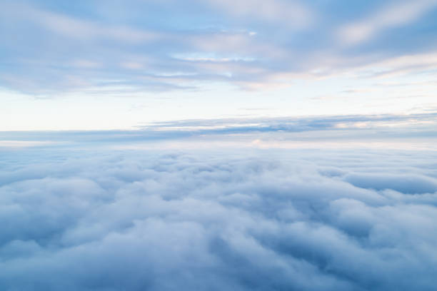 sea of clouds above the stratosphere - clouds imagens e fotografias de stock