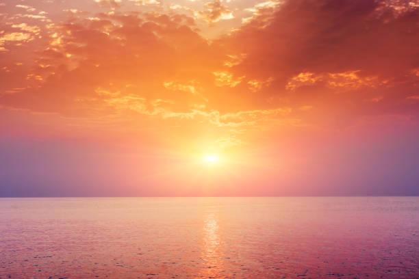 hav solnedgång landskap - pink sunrise bildbanksfoton och bilder