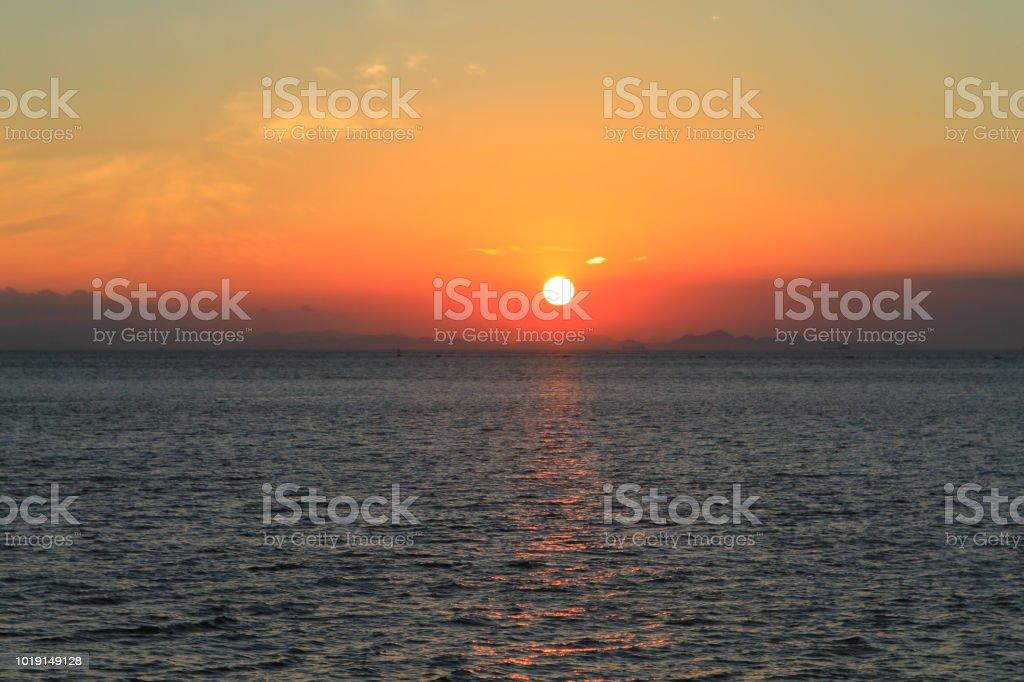 海上日落圖像檔