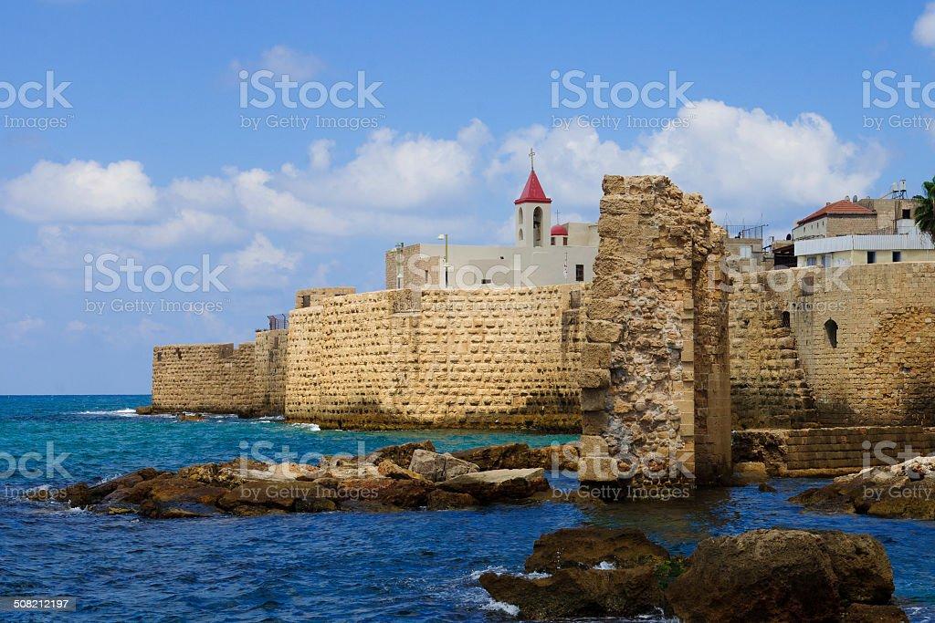 Parede do mar e Igreja de São João Batista - foto de acervo