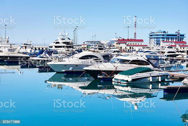 Sea yachts in dock picture id523471988?b=1&k=6&m=523471988&s=612x612&h=ek5ahtib4crc3hd7zsthkyauhzuhncn34f9z3nyqada=