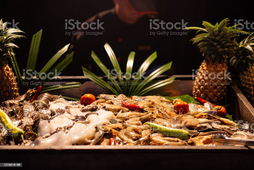 Ananas Buffet seafood buffet dinner on ice bar stock photo & more pictures of