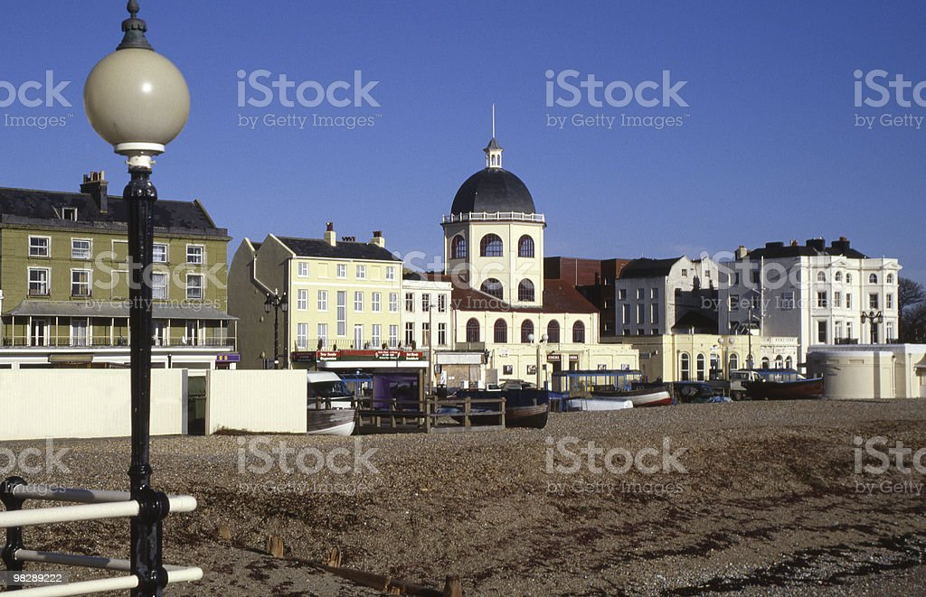 Lungomare di Worthing Cinema con cupola. Sussex ad ovest. Inghilterra foto stock royalty-free