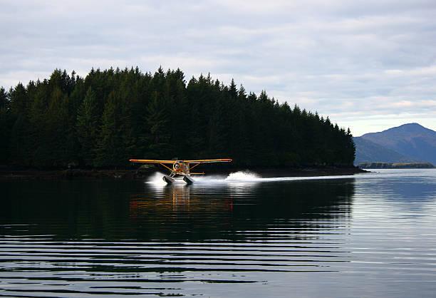 Wasserflugzeug Landen  – Foto