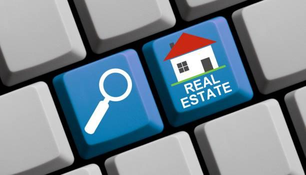Suchen Sie Immobilien online - Computer-Tastatur – Foto