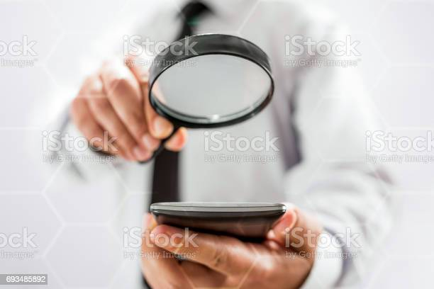 Searching on internet using smart phone picture id693485892?b=1&k=6&m=693485892&s=612x612&h=ha1v tyv07hbpo4tx1kfjqhvi6gzhwecafggk3lhljs=
