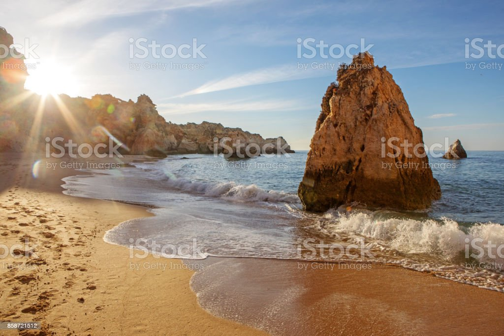 Seascape images of beach in Alvor Portugal in late summer sun - fotografia de stock