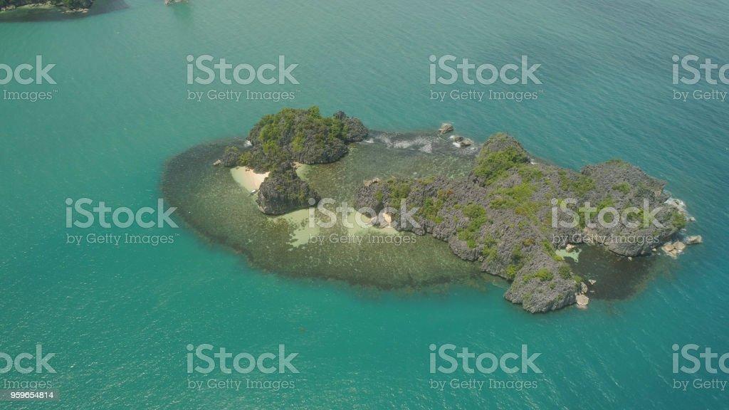 Paisaje marino de islas Caramoan Camarines Sur, Filipinas - Foto de stock de Agua libre de derechos